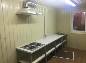 Мобильная кухня из контейнера